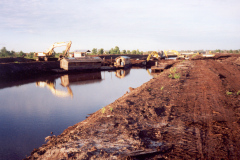 MRP-primary-channel-excavation-in-1996 PEATLAND MANAGEMENT IN SOUTH EAST ASIA